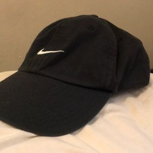Black Nike strapback dad hat
